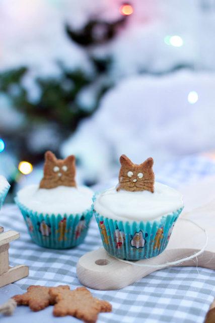 Kocie muffinki z jabłkami i lekką pianką (pełnoziarniste)