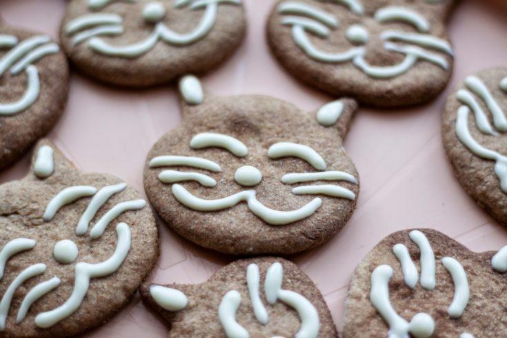 Uśmiechnięte kotki - ciasteczka pełnoziarniste bez masła i cukru