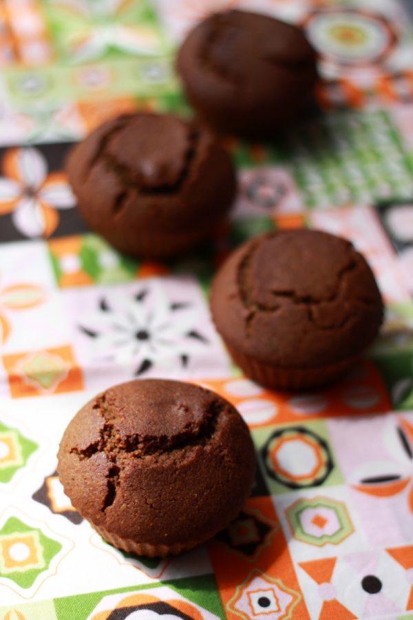 Wegańskie muffiny zkarobem bezcukru