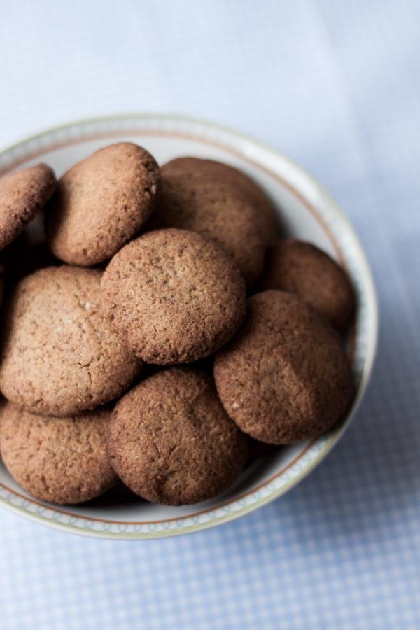 Kokosowe ciasteczka zpłatkami teff isłonecznikiem
