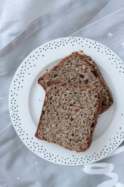 Chleb orkiszowy razowy zmlekiem (nazakwasie)