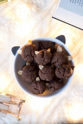 Ciasteczka orzechowe z uszkami (bez cukru i masła)