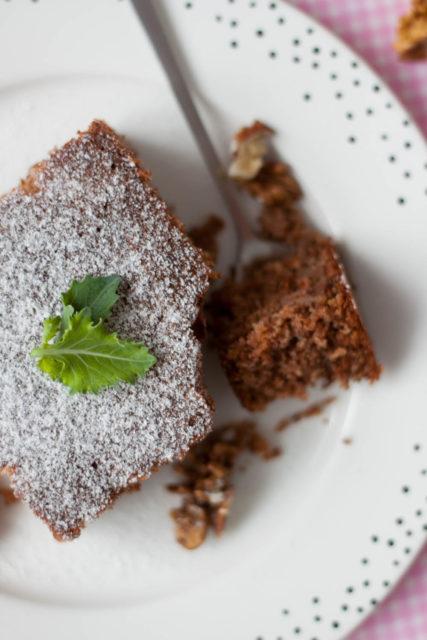 Pełnoziarniste ciasto z kalarepą i cynamonem