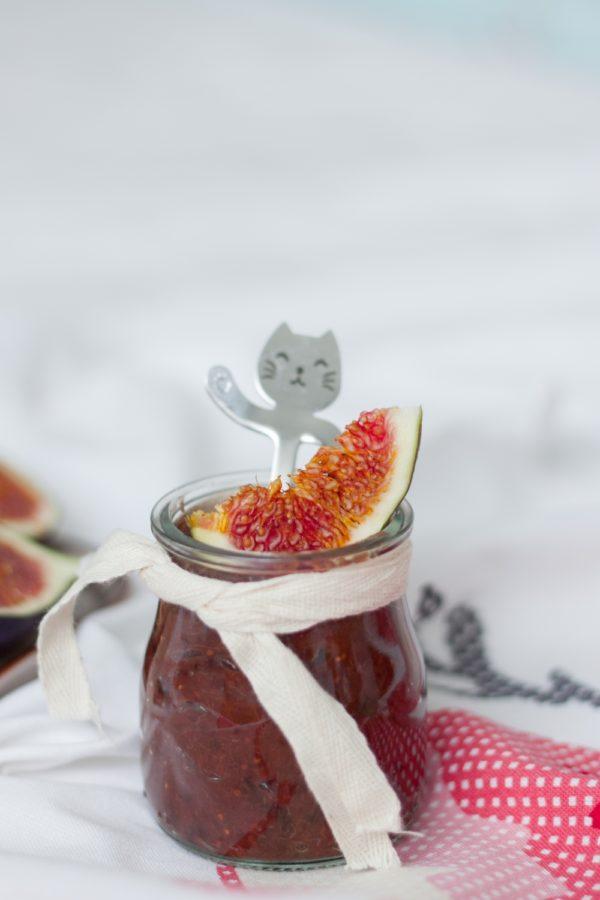 Konfitura z pieczonych śliwek i fig bez cukru