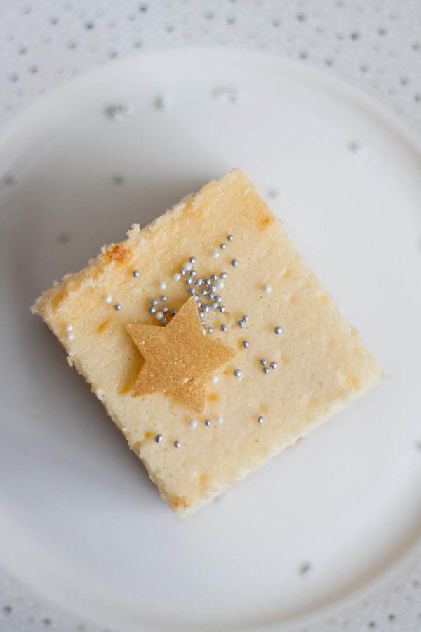 Sernik na biszkoptowym spodzie z mąką kokosową Zdrowe przepisy na święta
