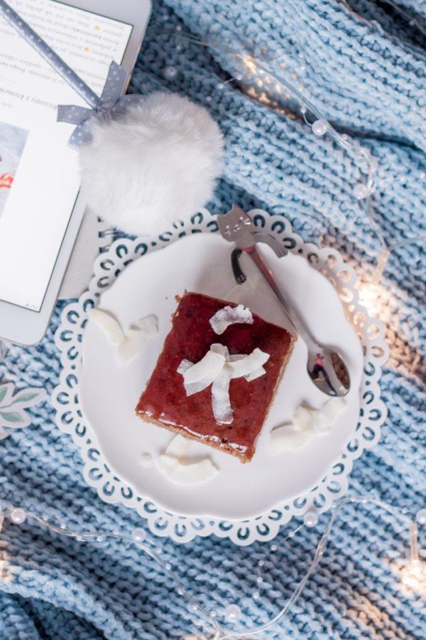 Korzenne ciasto na mleczku kokosowym orkiszowe pełnoziarniste