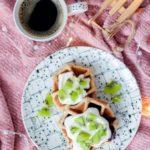 Orkiszowe gofry na drożdżach pełnoziarniste bez cukru